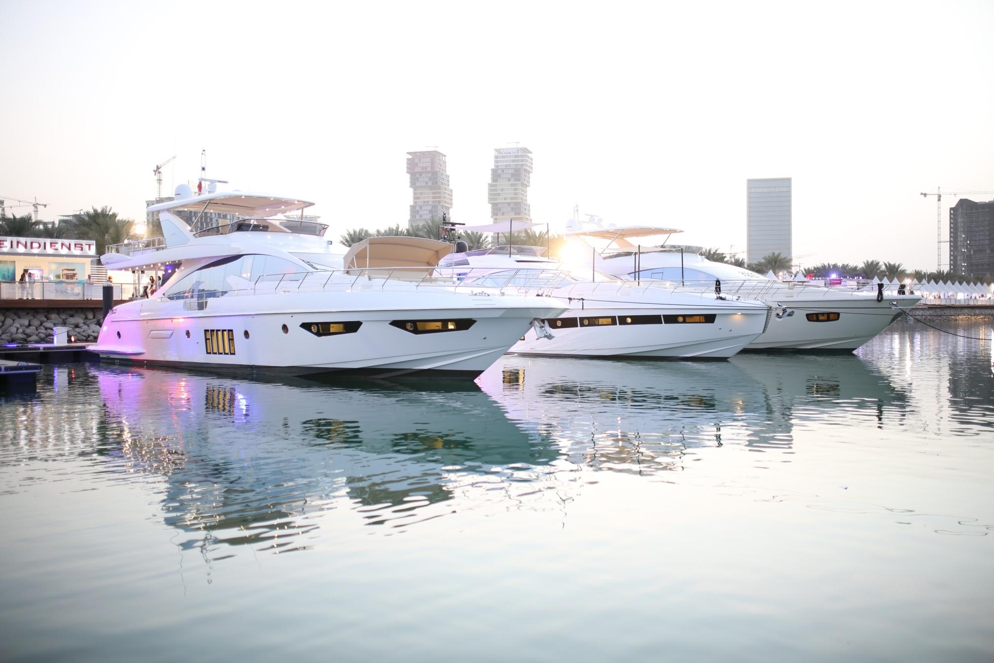 custom luxury yachts